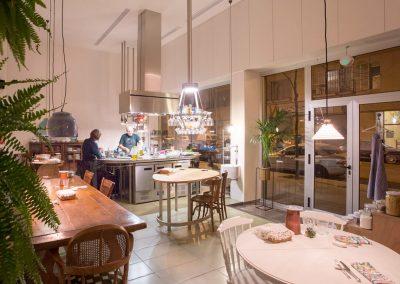 Maproba distribución y colocación de Oradecor en Vivienda Restaurante Santa Rita